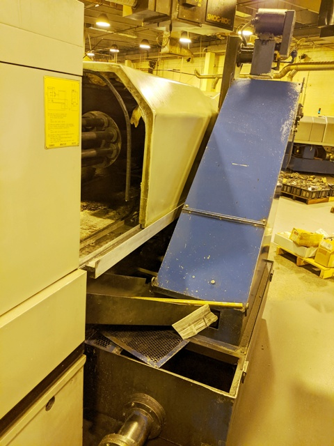 TORNOS BS20 21mm Max. Dia., Spindle Speeds to 6,000-RPM, 1-Sub Spindle, 8-Cross Slides, Monoblock Collet, with 8-Spindle Automatic Bar Loader, Coolant System