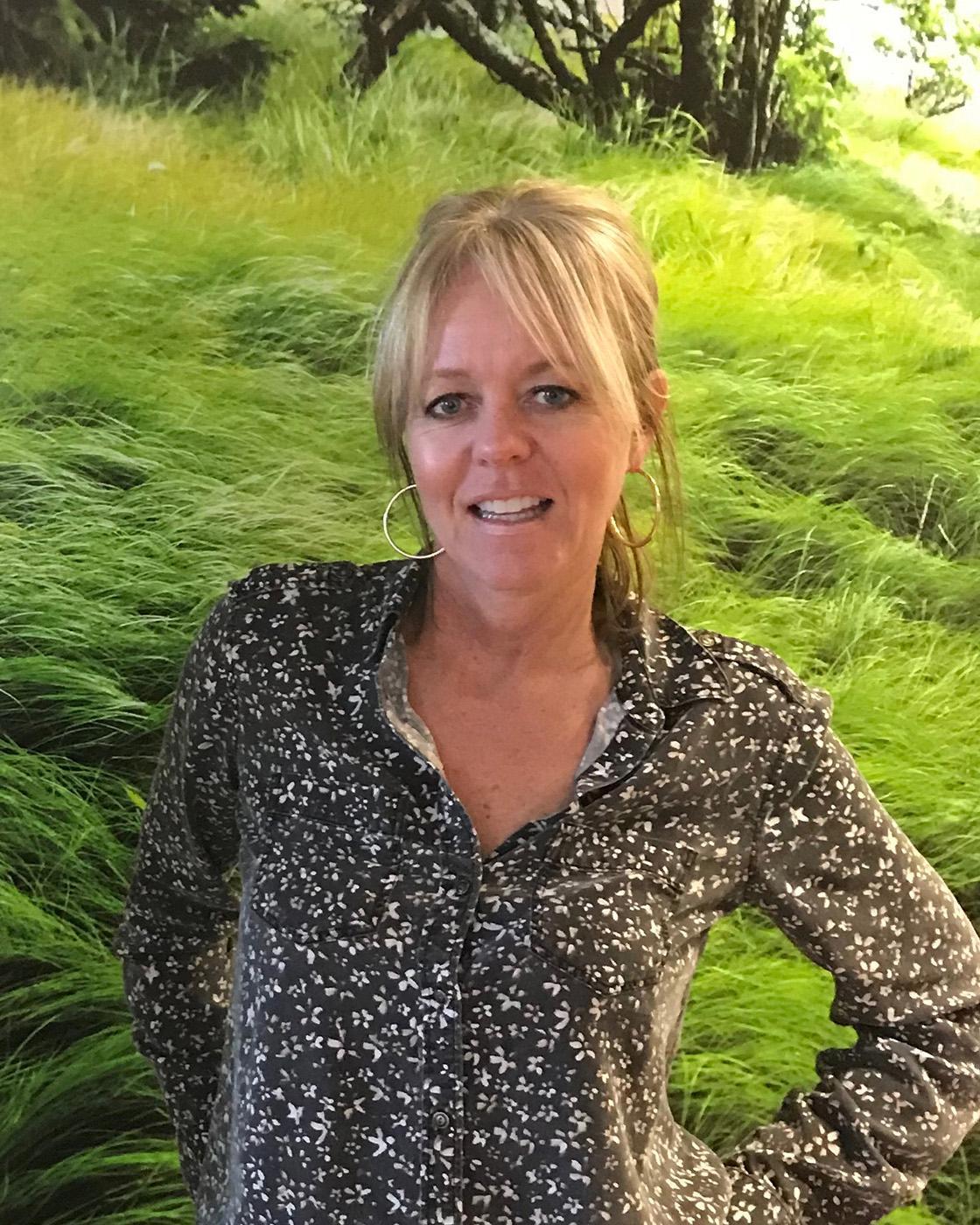 Lynn  Bakstad  - Owner