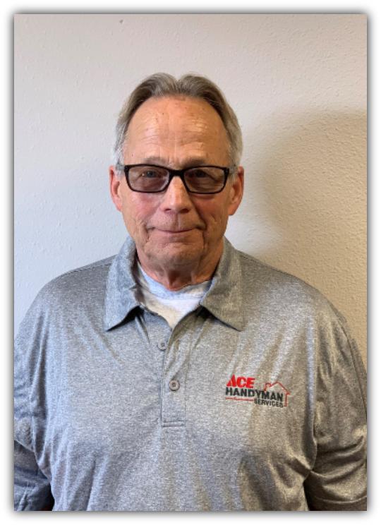 Profile Photo of Warren K   Lead Craftsman