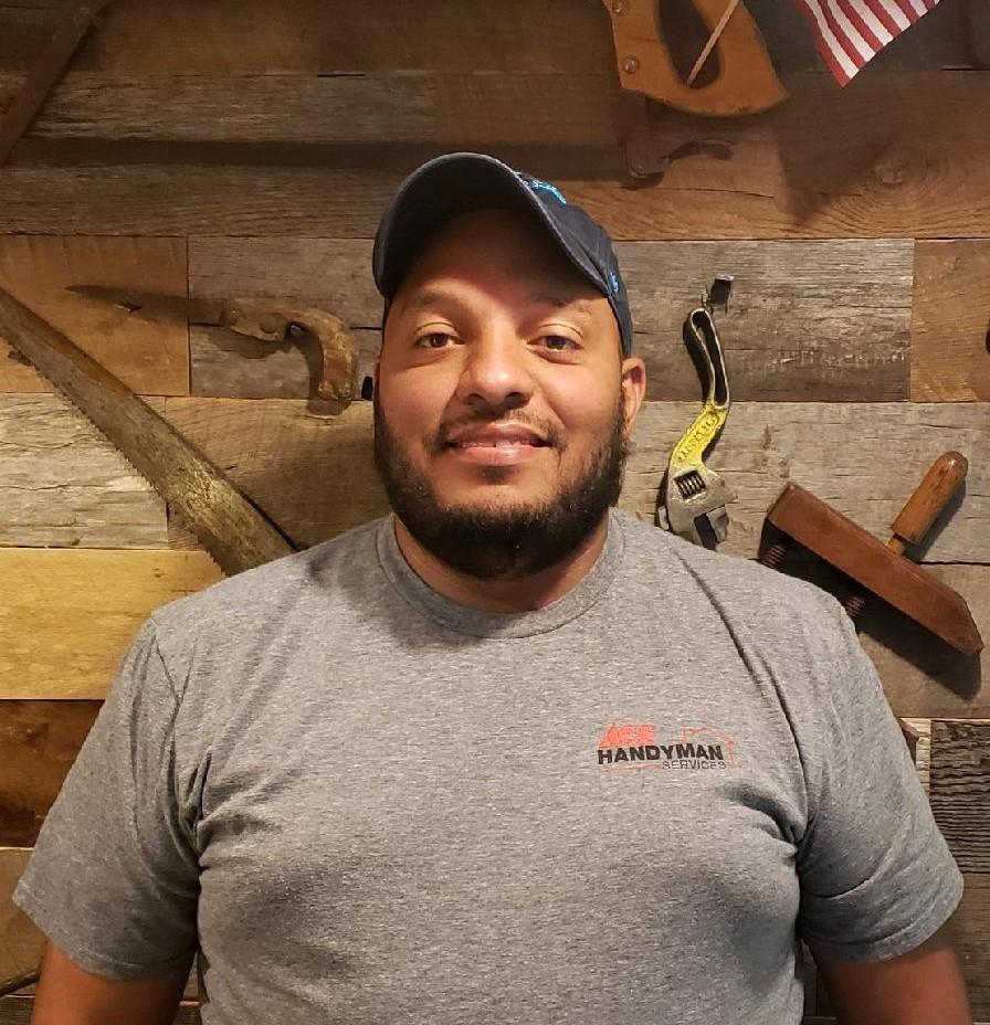 Profile Photo of Carlos T  Craftsman