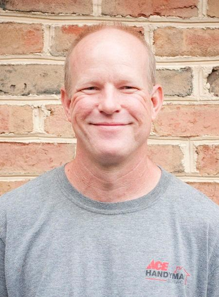 Profile Photo of Mike H  Craftsman
