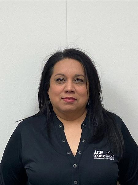 Profile Photo of Yolanda D  Office Manager