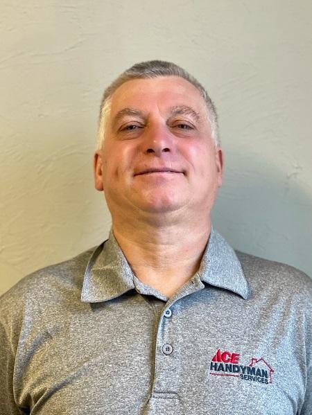 Profile Photo of Marc V  Craftsman