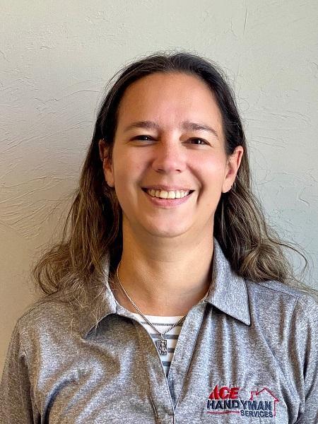 Profile Photo of Jennifer D.  Craftswoman