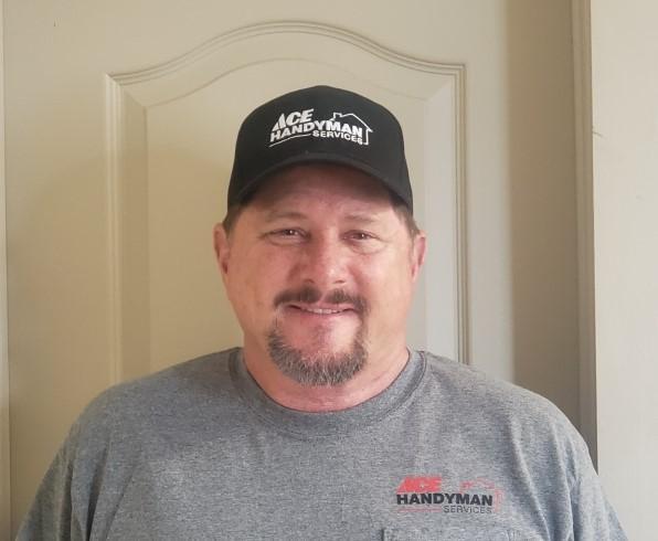 Profile Photo of Johnny Kerns  Craftsman