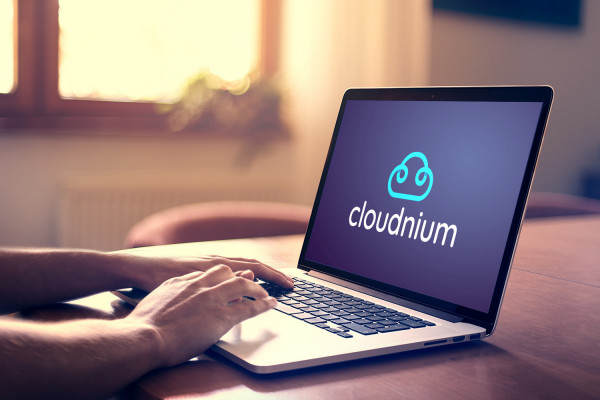 Sample branding #2 for Cloudnium