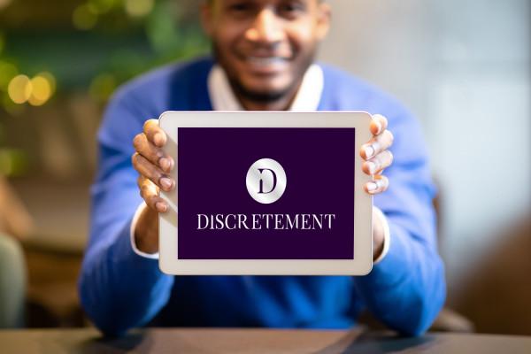 Sample branding #3 for Discretement