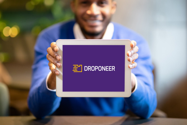 Sample branding #3 for Droponeer