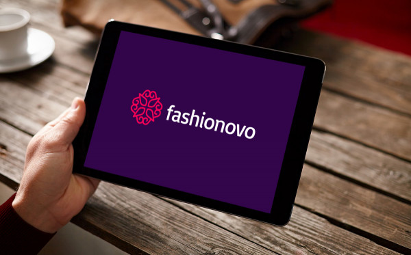 Sample branding #2 for Fashionovo