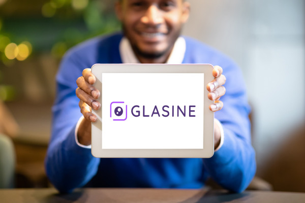 Sample branding #3 for Glasine