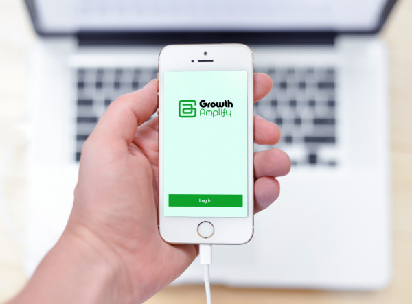 Sample branding #3 for Growthamplify
