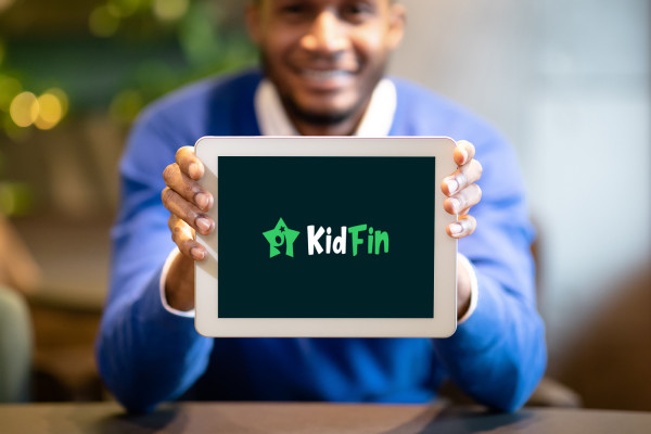 Sample branding #3 for Kidfin