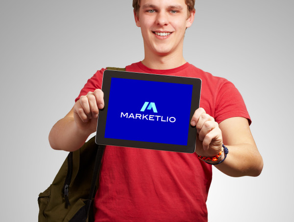 Sample branding #2 for Marketlio