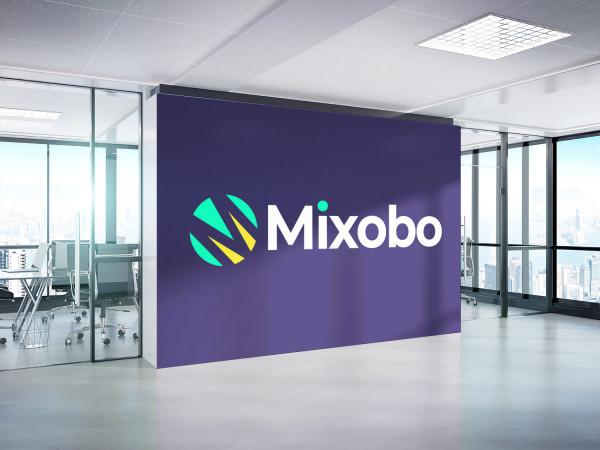 Sample branding #2 for Mixobo