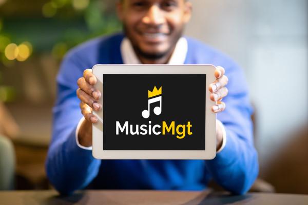 Sample branding #2 for Musicmgt