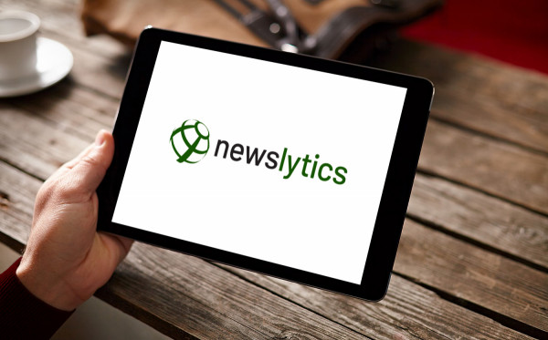 Sample branding #3 for Newslytics