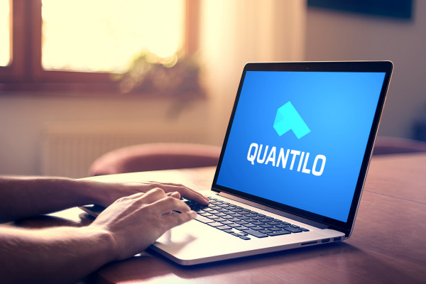 Sample branding #3 for Quantilo