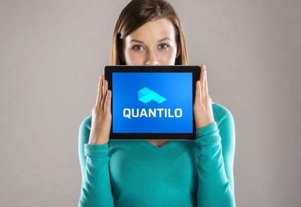 Sample branding #2 for Quantilo