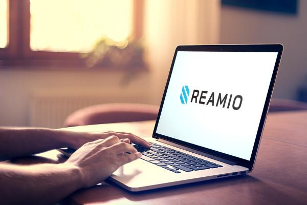 Sample branding #2 for Reamio