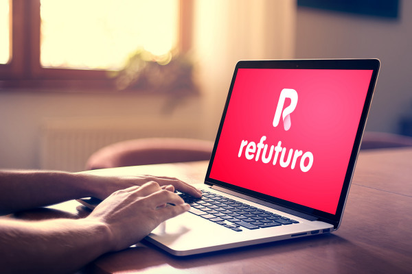 Sample branding #3 for Refuturo