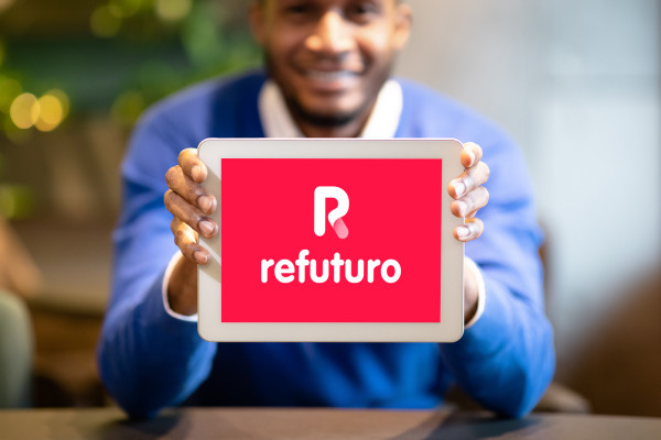 Sample branding #2 for Refuturo