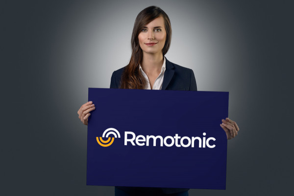 Sample branding #1 for Remotonic