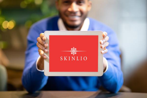 Sample branding #1 for Skinlio