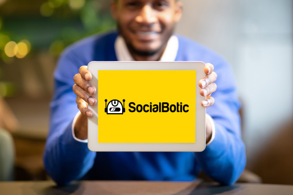 Sample branding #1 for Socialbotic