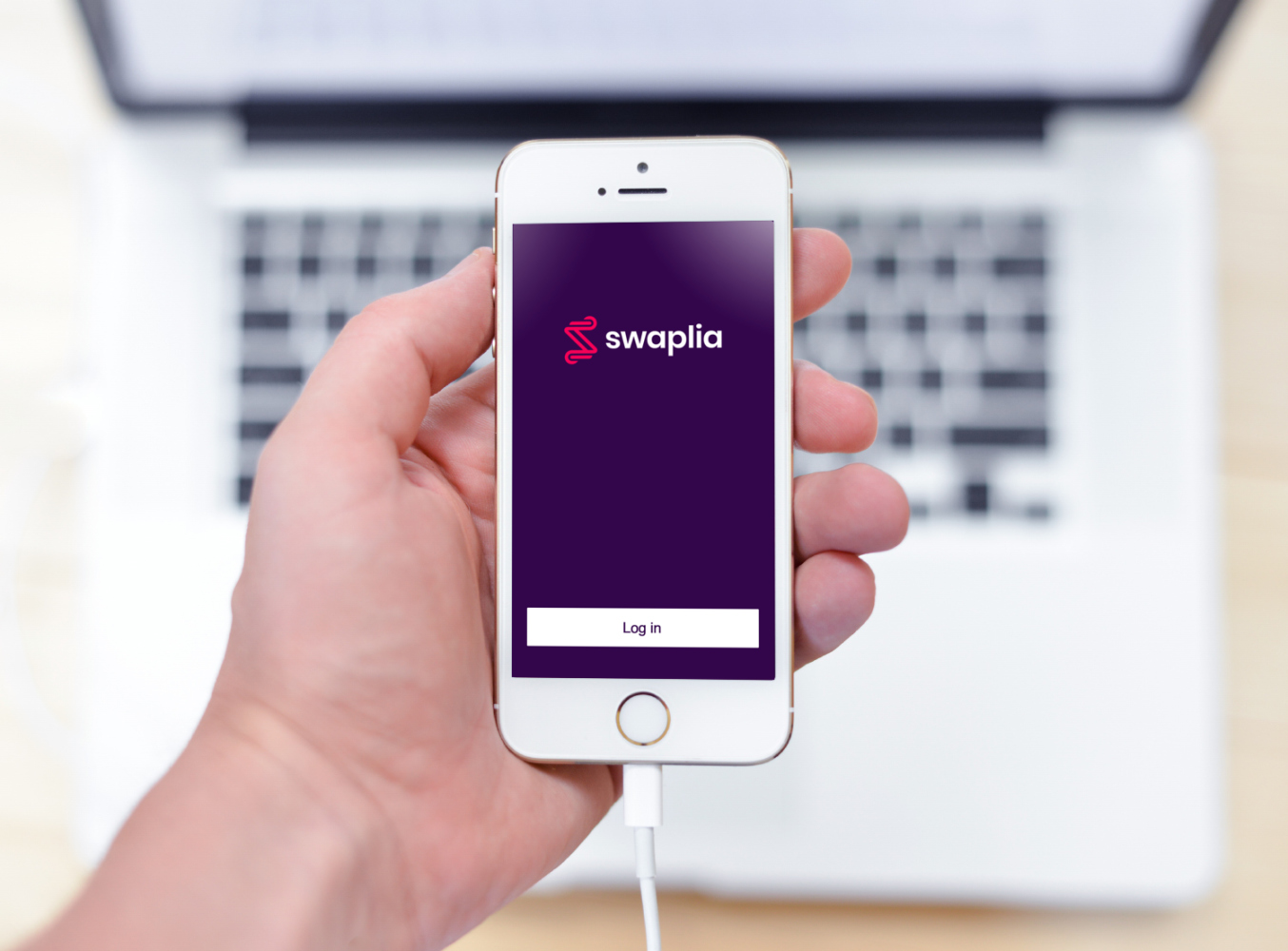 Sample branding #2 for Swaplia