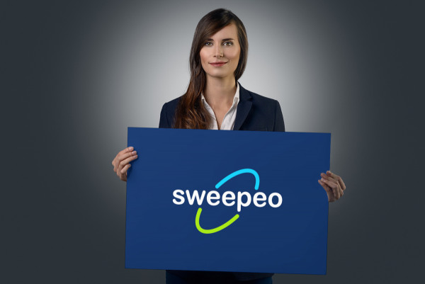 Sample branding #2 for Sweepeo