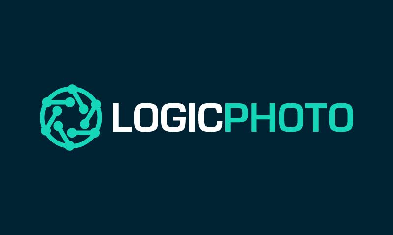 Logicphoto