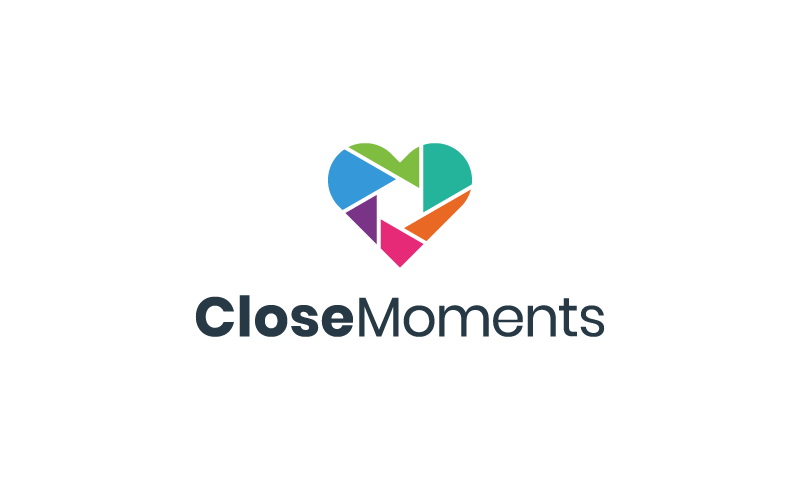 CloseMoments logo