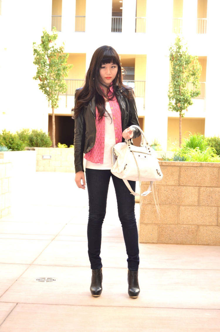 Fall outfit with leather jacket and Balenciaga bag