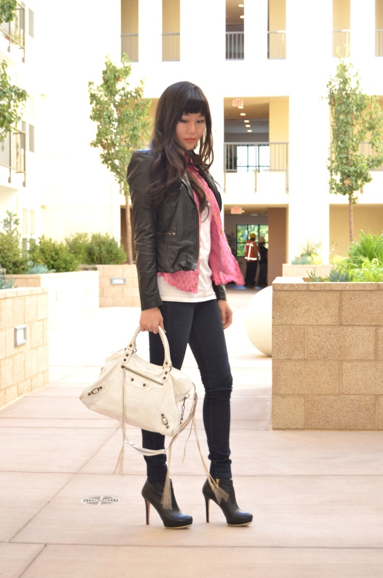 Fall outfit muubaa leather jacket paige jeggings Balenciaga bag