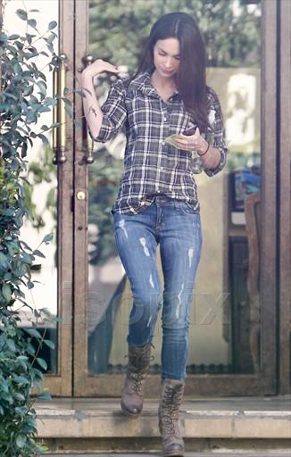 trend obsession  plaid shirts