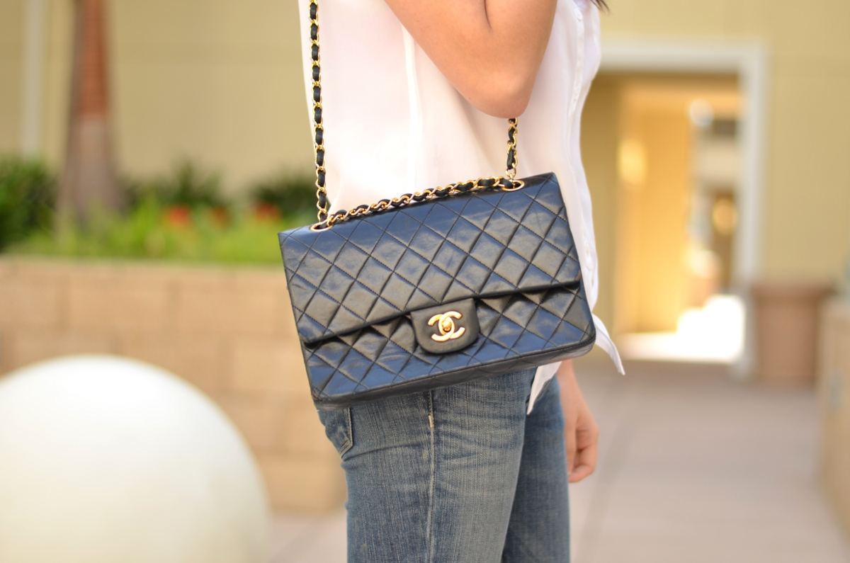 aa63d02a2f8b Classic Double Flap Vs. Vintage Single Flap Chanel Bag | Lollipuff