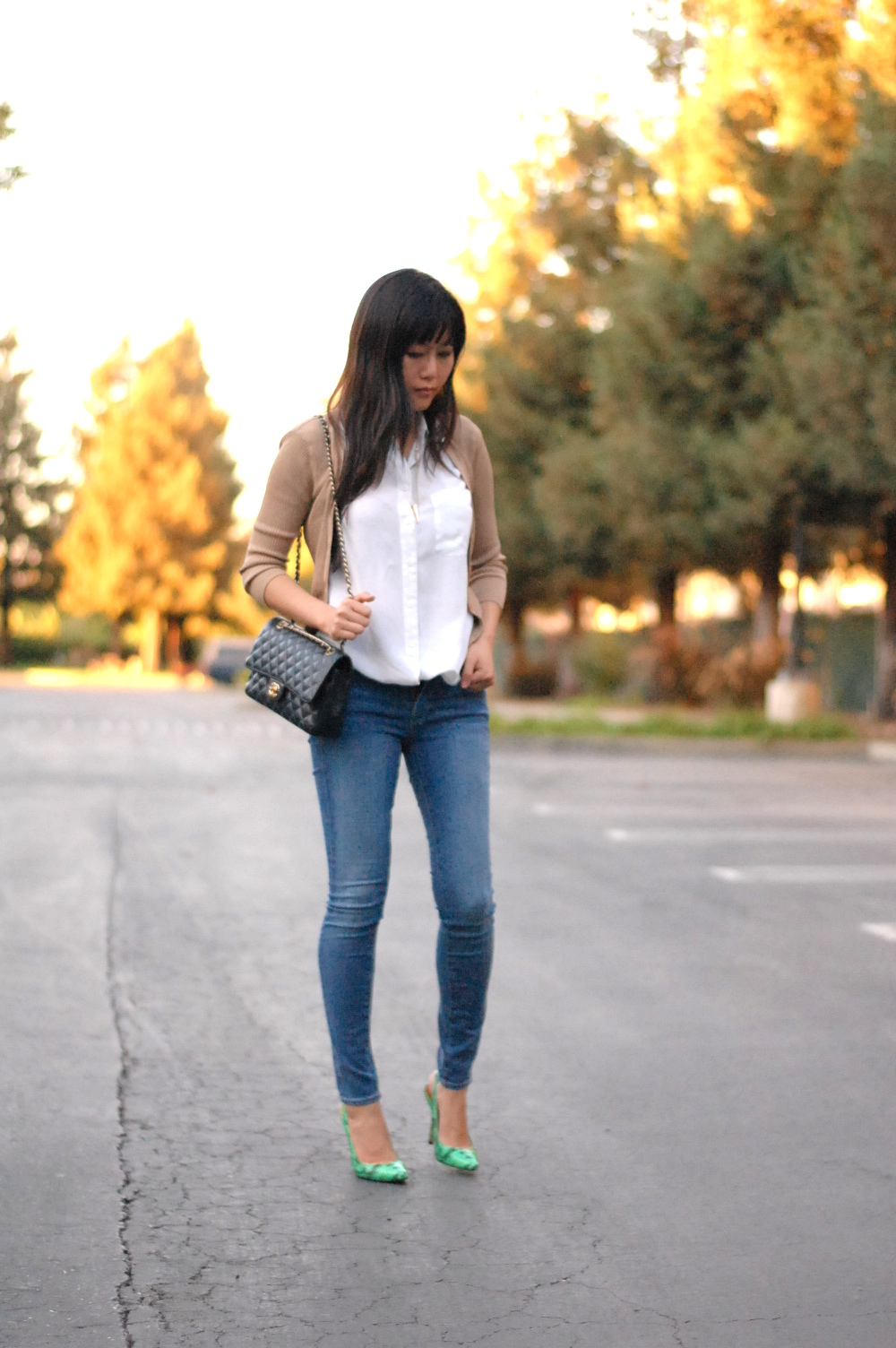 classic simple trendy outfit with statement green shoes