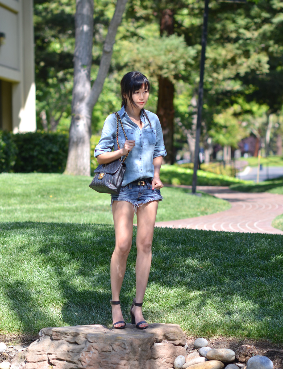 all denim outfit look shorts