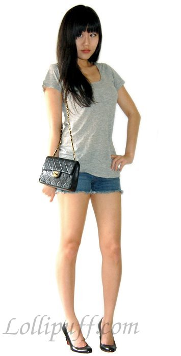 chanel mini bag lambskin t shirt shorts outfit