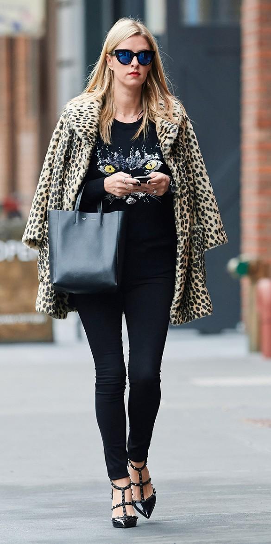 Celebrities Wearing Valentino Rockstud Sandals Lollipuff