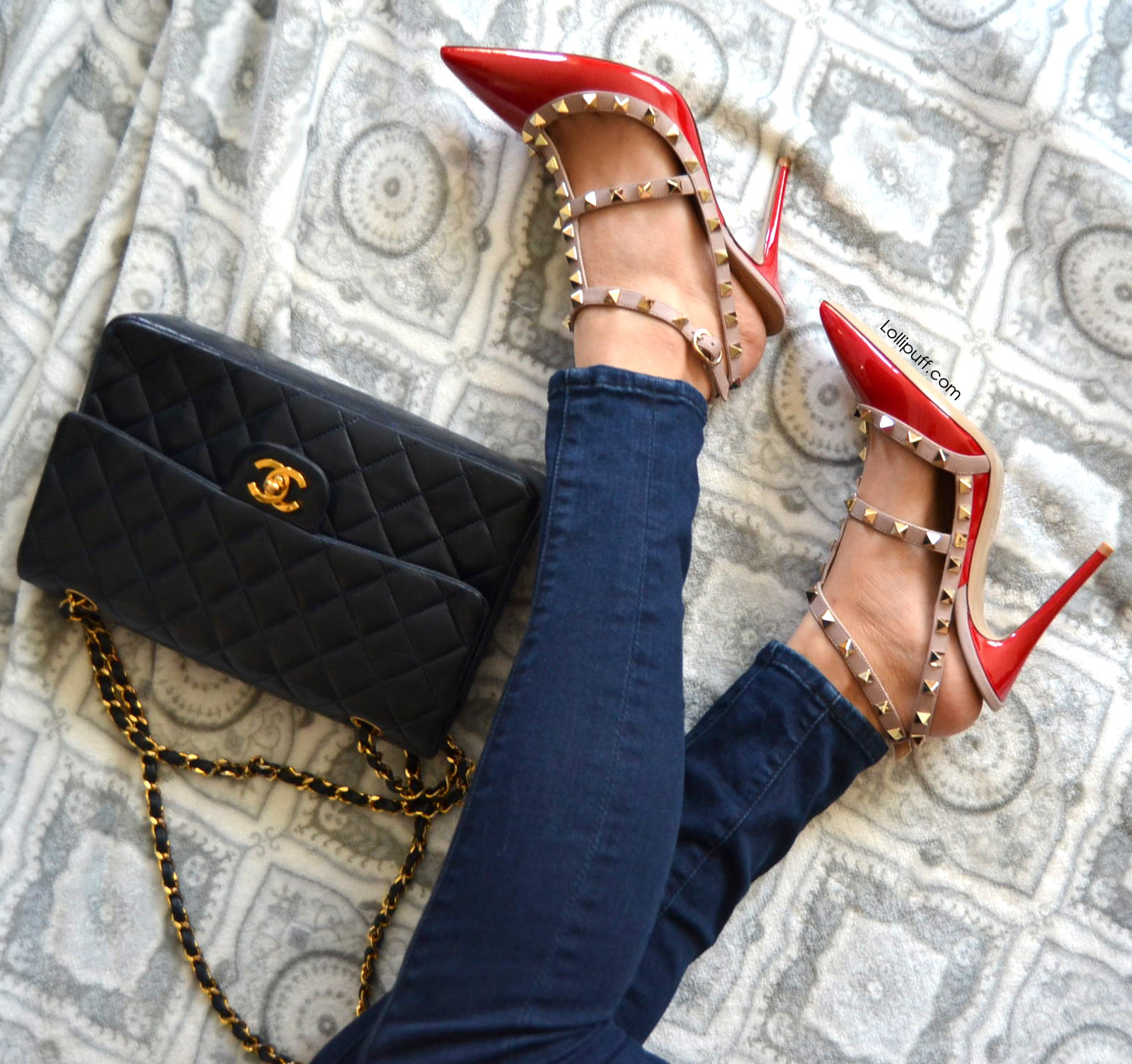 Skinny jeans chanel bag wearing valentino studded stud heels sandals