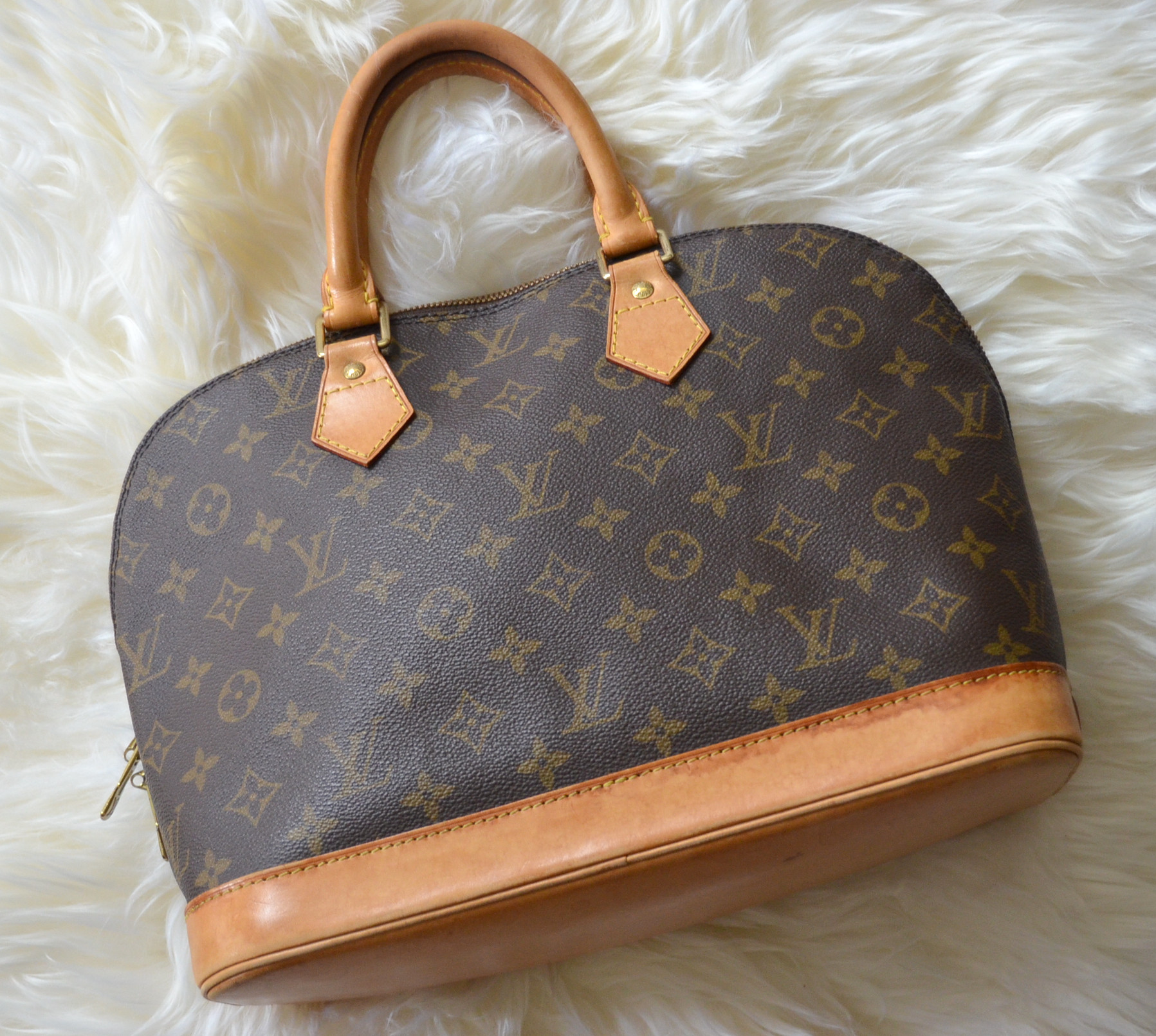 vintage Louis Vuitton Alma PM monogram handbag
