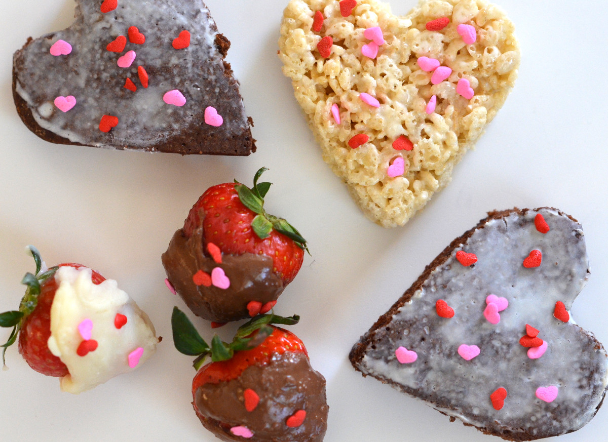 Classic Desserts Rice Crispy Treat Brownie Chocolate Dipped Strawberries  Valentineu0027s Day
