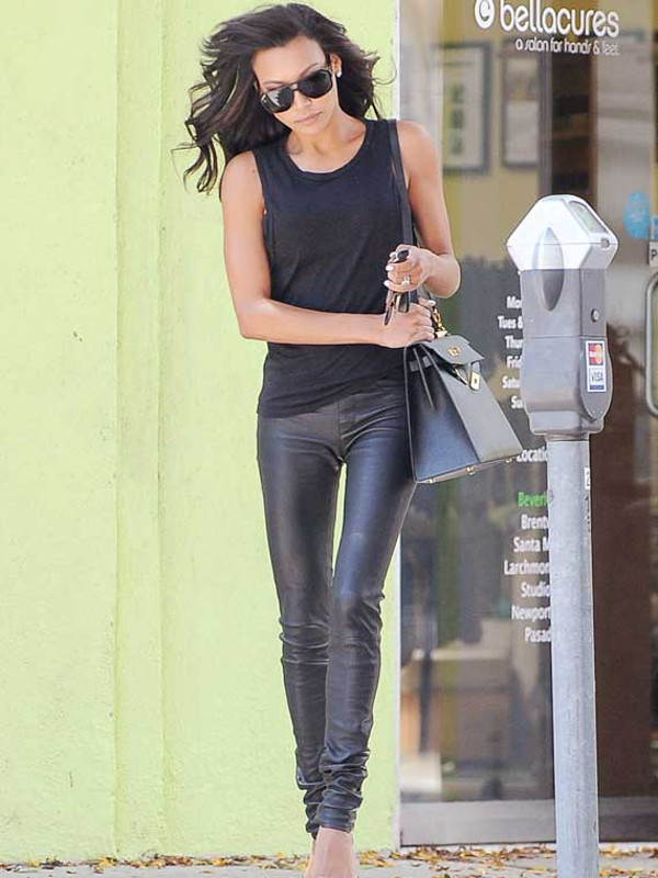 Naya Rivera Hermes Kelly black bag 2 way outfit style fashion