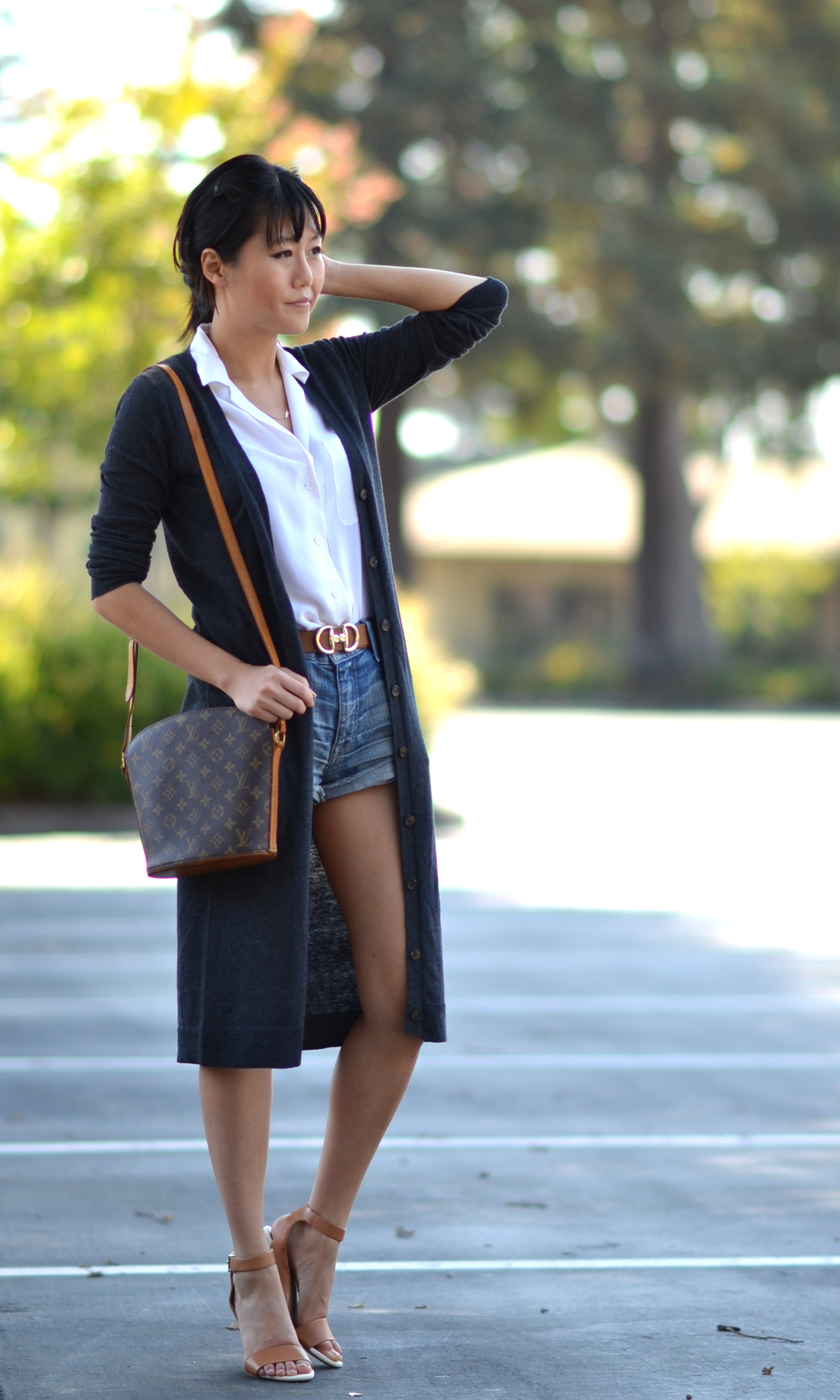 wearing Louis Vuitton druout modeling bag shoulder crossbody