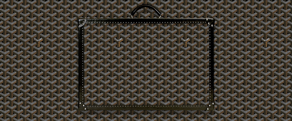 Goyard Y signature canvas pattern