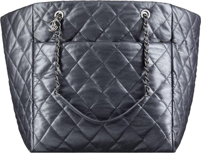 fa696f43b3fd Chanel Fall Winter 2017 2018 collection season handbag bag. 28. Metallic  calfskin large shopping ...