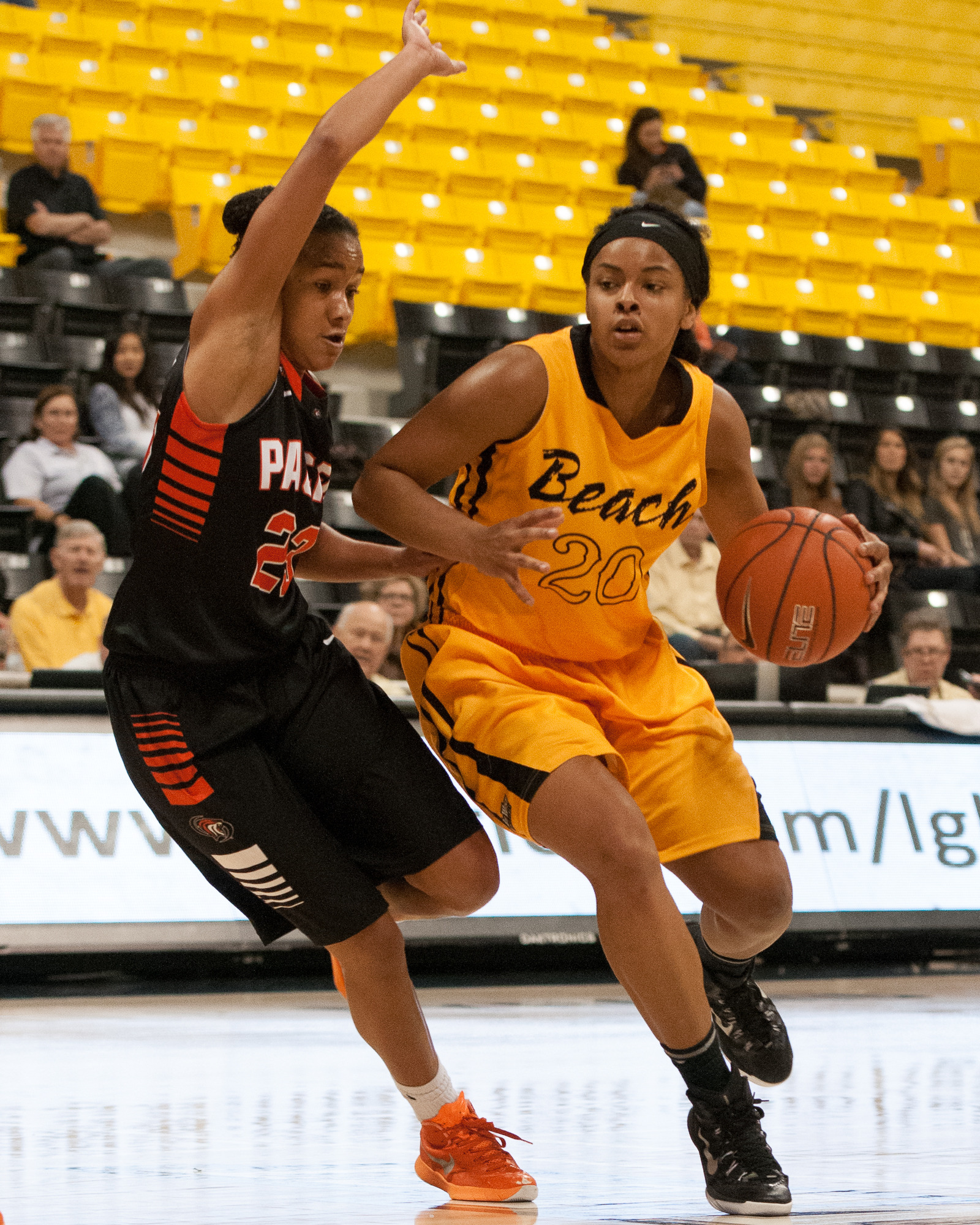 Sophomore Raven Benton scored 15 of her game-high 18 points in the second half to lift LBSU to a 53-43 victory over Pacific.