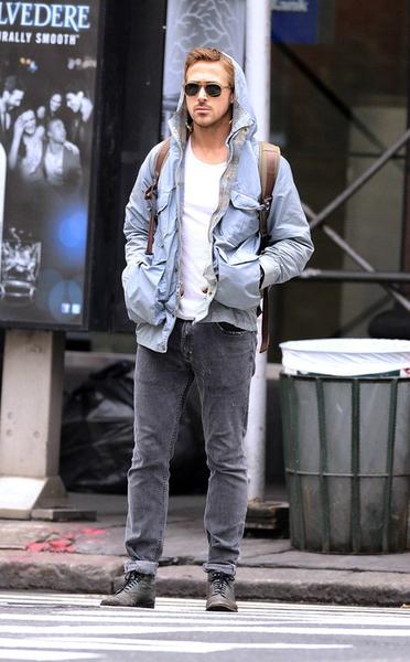 Ryan Gosling , ryan gosling, transitional, combat boots