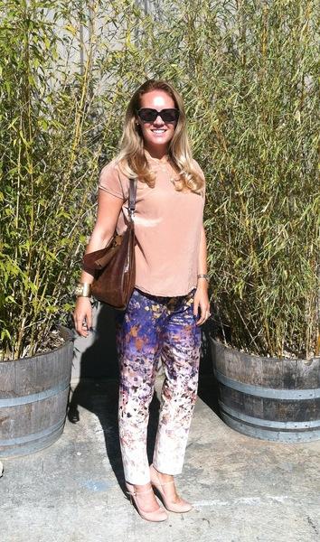Wine tasting weekend, weekend wear, dressed up, daytime,